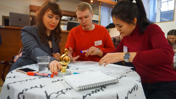 13 февраля Интенсив запускает новую программу Тематических Разговорных Тренингов